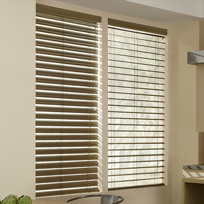 Motorized Blinds for Living Room Windows in Homes Near Westlake Village & Thousand Oaks, California (CA)